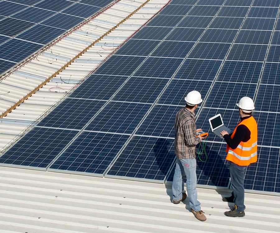 Alterna Energía ofrece una solución fiable y de máxima calidad para sus proyectos fotovoltaicos