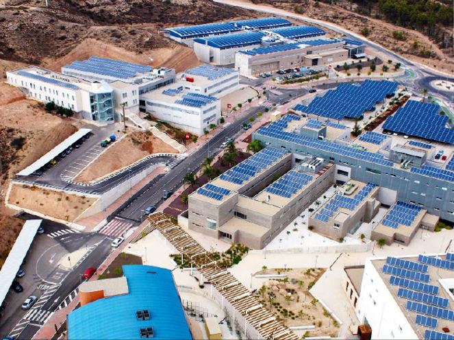 Instalación solar en campus universitario: 2,4 MWp (Murcia)