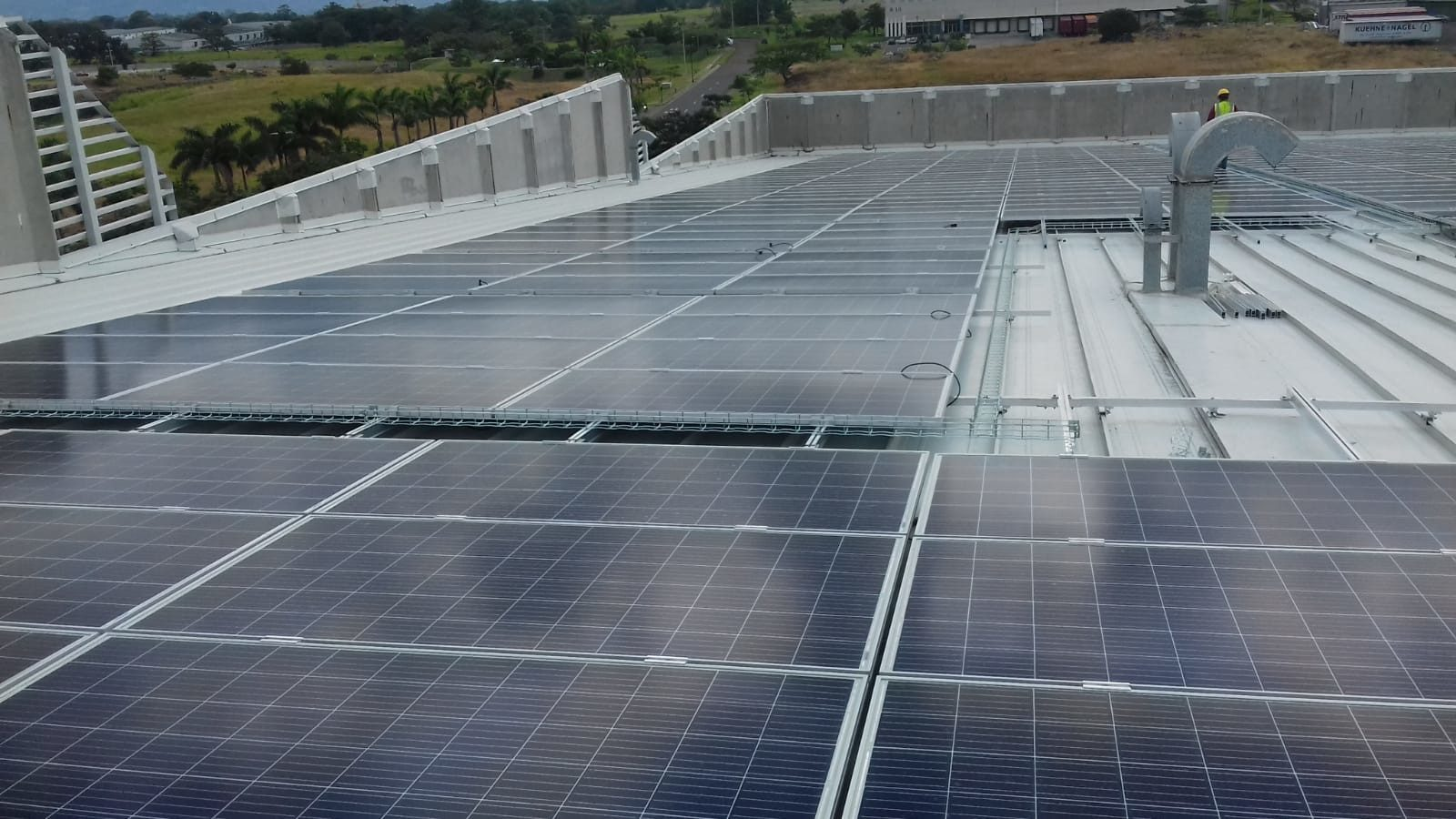 Instalación solar sobre cubierta: 488 kWp (Costa Rica)